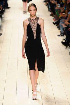563edae083 Nina Ricci at Paris Fashion Week Spring 2015. Vestidos Negros CortosFaldas  TuboPrimavera Verano ...