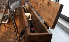 Schreibtisch mit Verstaufunktion bauen Build a desk with stowage function Hallway Shelf, Table Pc, Minimalist Office, Game Room Design, Home Tools, Gamer Room, Built In Desk, Industrial Office, Desk Storage
