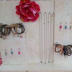 Yaya's sieraden verkoopt armbanden en kettingen! #diy #sieradenwinkel #sieraden #armband #armbandjes #yayasieraden #bracelet #musthave #ibizastyle #bohemian #armcandy #happyarmcandy #boho #beadsforyou #beadsforluck #diyjewelry #suede #musthave #jewelry #jewellery #instafollow #instalike
