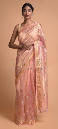Pink and gold banarasi saree in silk with gotta patches, zari, zardozi and pearls in floral jaal pattern. Trimmed with thread tassels on the pallu. Indian Fashion Dresses, Pink Fashion, Indian Outfits, Women's Fashion, Latest Indian Saree, Indian Sarees Online, Banarsi Saree, Georgette Sarees, Embroidery Online