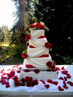 Red Rose And Gold Accent Buttercream Wedding Cake Wedding Cake Delivered To The