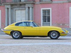 Jaguar E Type coupe 1966 British Sports Cars, Classic Sports Cars, Classic Cars, Jaguar Type, Jaguar Xk, Jaguar Cars, Yellow Car, Mellow Yellow, Type E