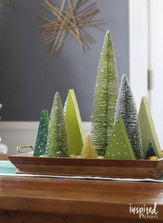 Holiday Centerpiece Ideas - Dining Room Christmas Decor - Christmas Tablescape