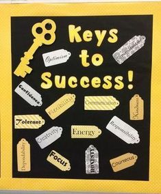 'Keys to Success' high school bulletin board. Characteristics printed on scrapbook paper and cut out in tag shapes. 'Keys to Success' high school bulletin board. Characteristics printed on scrapbook paper and cut out in tag shapes. Counseling Bulletin Boards, Back To School Bulletin Boards, Classroom Bulletin Boards, School Classroom, English Bulletin Boards, Counseling Office, Counseling Activities, Bulletin Board Ideas For Teachers, Welcome Bulletin Boards