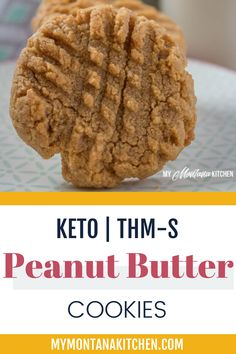 Theses keto, low carb peanut butter cookies are the bomb! And did I also mention that they are dairy free and a Trim Healthy Mama S? Sugar Free Cookie Recipes, Sugar Free Cookies, Sugar Cookies Recipe, Peanut Butter Cookies, Yummy Cookies, Low Carb Desserts, Sweet Desserts, Easy Biscuit Recipe, Ketogenic Recipes