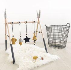 💛 We love it! Baby Boys, Baby Play, Baby Bedroom, Kids Bedroom, Baby Activity Gym, Baby Room Design, Toddler Rooms, Baby Sensory, Infant Activities