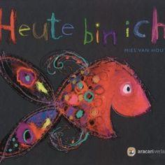 """In """"Heute bin ich"""" zeigt uns Mies van Hout, welche Vielzahl unterschiedlicher Gefühle es gibt. Dazu hat sie sich bunte Fische ausgesucht, die auf schwarzem Hintergrund zeigen, wie sie sich fühlen. Die Fische sind in leuchtenden Pastell und Wachsfarben dargestellt und zeigen durch ihre Mimik, wie sie heute sind. Der neugierige Fisch ist gelb und betrachtet durch große violette Augen seine Umwelt."""