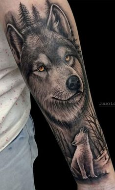Wolf tattoo ideas are a representation of the need to trust our hearts & minds. Here is a collection of some of the best wolf tattoos which are really cool. Wolf Tattoo Forearm, Cool Forearm Tattoos, Badass Tattoos, Leg Tattoos, Body Art Tattoos, Tattos, Lion Tattoo Sleeves, Wolf Tattoo Sleeve, Best Sleeve Tattoos