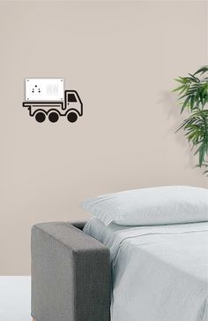 This Cargo Van will take away your switchboard with it! :D Just kidding! Get this innovative switchboard wall-sticker only on http://www.gloob.in/decals/cargo-van.html
