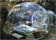 I would LOVE to camp out like this in so many different places. Jungles, deserts, etc, etc.
