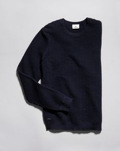 Sail Away's palette keeps in line with the times. Deep tones of navy create a soft and subtle contrast for any outfit.
