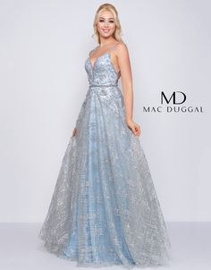 Mac Duggal, Couture Dresses, Fashion Dresses, Minnesota, Long Evening Gowns, Pretty Outfits, Pretty Clothes, Prom Dresses, Party Dresses