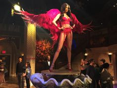 How to see 9 New York City attractions in 1 day on a budget - Madame Tusauds Wax Museum adriana lima victoria secret