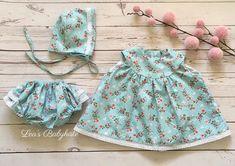 """Lea's Babykiste on Instagram: """"Dieses süße Handgemachte Kleidungsset in der Größe 50/56 gibt es ab sofort für euch 🌸 Bei Interesse einfach melden🌸"""" Ab Sofort, Boho Shorts, Instagram, Women, Fashion, Baby Sewing, Simple, Clothes, Moda"""