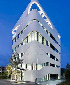 otto bock healthcare facade by gnadinger Architecture Design, Facade Design, Futuristic Architecture, Beautiful Architecture, Contemporary Architecture, Exterior Design, House Design, Installation Architecture, Contemporary Stairs