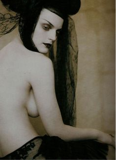 Guinevere Van Seenus by Paolo Roversi, Vogue Italia March 2005