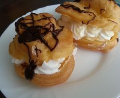 divine Creme, Deserts, Muffin, Advertising, Breakfast, Food, Sweets, Morning Coffee, Desserts