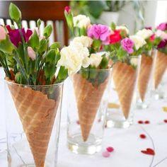 decoracao de festa centro de mesa copo com casquinha