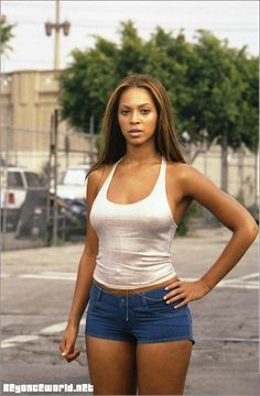 2590c6e3b323b7 Beyonce Crazy In Love Music Video Iconic Simple Summer Outfit Sexy White Tank  Top   Denim Short Shorts Beyonce Fashion Style Hair Inspiration Beautiful  ...