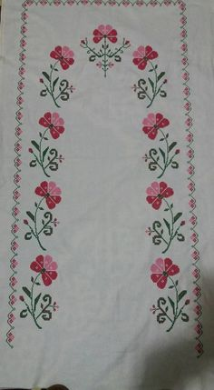 This Pin was discovered by Bil Hobbies And Crafts, Diy And Crafts, Palestinian Embroidery, Crochet Lace Edging, Free To Use Images, Blackwork, Cross Stitch Patterns, Shabby Chic, Harems