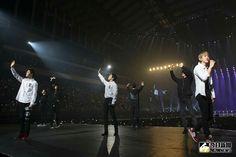 180210-11 #EXO @The EℓyXiOn in Taipei