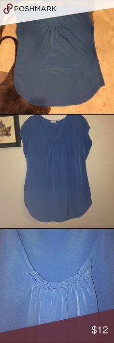 Sleeveless tunic Blue rouched collar tunic New York & Company Tops Tunics