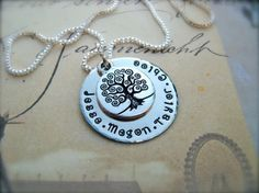 FAMILY+TREE+-+Family+Name+Personalized+Hand+Stamped+Pendant+and+Family+Tree+Charm