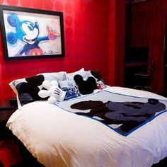 Mickey rooms to die for
