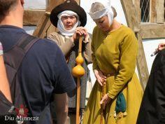 Woman and pilgrim, 13th century