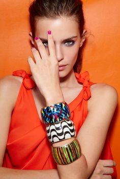 Back to School Tip: bring in Fall fashion elements in small ways, to mix with your own style. Urban jungle bangles, gemstone brights nails....