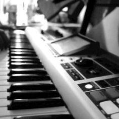 FREE STREAMING MIX: DJ Silenze - Mixing Is Instrumental (Beatz & Instrumental Mix Session)