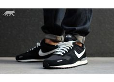 Nike Air Vortex Retro Black Summit White Dark Grey