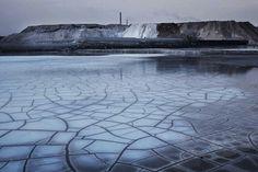 Award:World Press Photo Photographer:Lu Guang Title:Development and Pollution