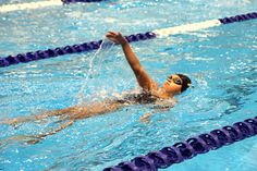 Sarah Rittau from the Fort Frances Aquanauts swims in Thunder Bay on Feb. 5, 2012.