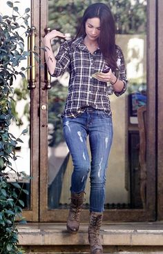 Megan Fox - I love this outfit. Jeans are not too ripped!