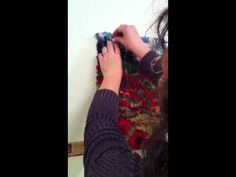 Hanging a hooked rug on dry wall (with Deanne Fitzpatrick) Wool Rug, Wool Felt, Rug Hooking Patterns, Hand Hooked Rugs, Penny Rugs, Punch Needle, Rug Making, Sewing Hacks, Punch Club