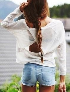 Open back sweater love!