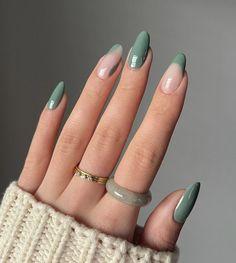 Almond Acrylic Nails, Cute Acrylic Nails, Almond Nails, Nude Nails, White Nails, Pink Nails, Daisy Nails, Cute Nails For Fall, Minimalist Nails