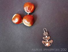 Asuntos imaxinarios: Brincos. Cobre e aceiro. Earrings: copper and stainless steel.