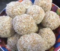 Thermomix ® recipe Tim Tam Balls Recipe Tim Tam Balls by mel-robinson - Recipe of category Desserts & sweets Sweets Recipes, Dog Food Recipes, Cooking Recipes, Belini Recipe, Aussie Food, Tim Tam, Thermomix Desserts, Balls Recipe, Wrap Recipes