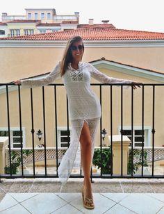 """""""Com 50 mil seguidores no Instagram, a linda universitária Luisa Soares foi a eleita para o novo """"book"""", que promete bombar, da loja Strass"""" - Link: http://ndonline.com.br/florianopolis/coluna/luiza-gutierrez/com-50-mil-seguidores-no-instagram-luisa-soares-posa-no-centro-historico-com-a-moda-verao"""