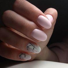 Черные штрихи в розовом маникюре. Модный и красивый дизайн маникюра, необычные и стильные идеи в нейл-арте, технологии их выполнения. Фото и видео шикарного, оригинального и классного маникюра и педикюра на сайте modnail.ru