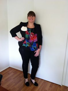 Floral plus size tunic for spring