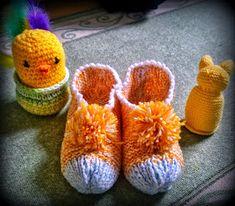 Arkimamman Arkiralli: Isomummilta liuta jämälankatossuja Slippers, Socks, Knitting, Fashion, Moda, Tricot, Fashion Styles, Breien, Slipper