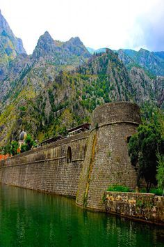 Next Post Previous Post Exploring the walled city of Kotor Ummauerte Stadt von Kotor Montenegro Places To Travel, Places To See, Travel Destinations, Holiday Destinations, Albania, Wonderful Places, Beautiful Places, Bósnia E Herzegovina, Montenegro Travel
