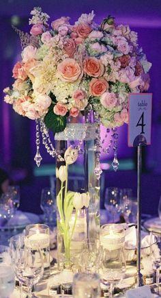 Photography: Caroline Tran Photography; Wedding reception centerpiece idea;