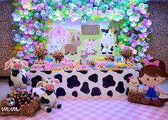 No photo description available. Cow Birthday, Farm Animal Birthday, Cowgirl Birthday, Cowgirl Party, 3rd Birthday Parties, Farm Animal Party, Barnyard Party, Farm Party, Birthday Decorations