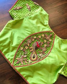 Cutwork Blouse Designs, Patch Work Blouse Designs, Best Blouse Designs, Maggam Work Designs, Hand Work Blouse Design, Simple Blouse Designs, Stylish Blouse Design, Blouse Neck Designs, Blouse Patterns