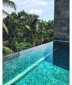 La piscine de l'hôtel Uma by COMO