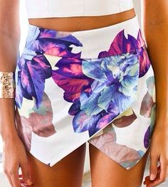 floral skirt #fashion #style #summer @Lisa Phillips-Barton Phillips-Barton Phillips-Barton Atia